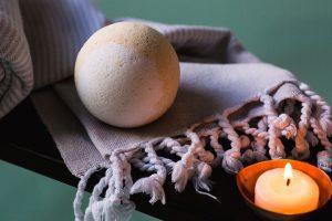Candle & Bath Bomb